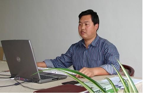 现为青岛大学特聘教授,旅游学院教授,青海省工程咨询中心顾问,青岛
